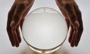 A-crystal-ball-008