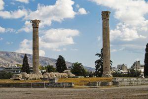 20110520-2-pillars-bucksome-boomer